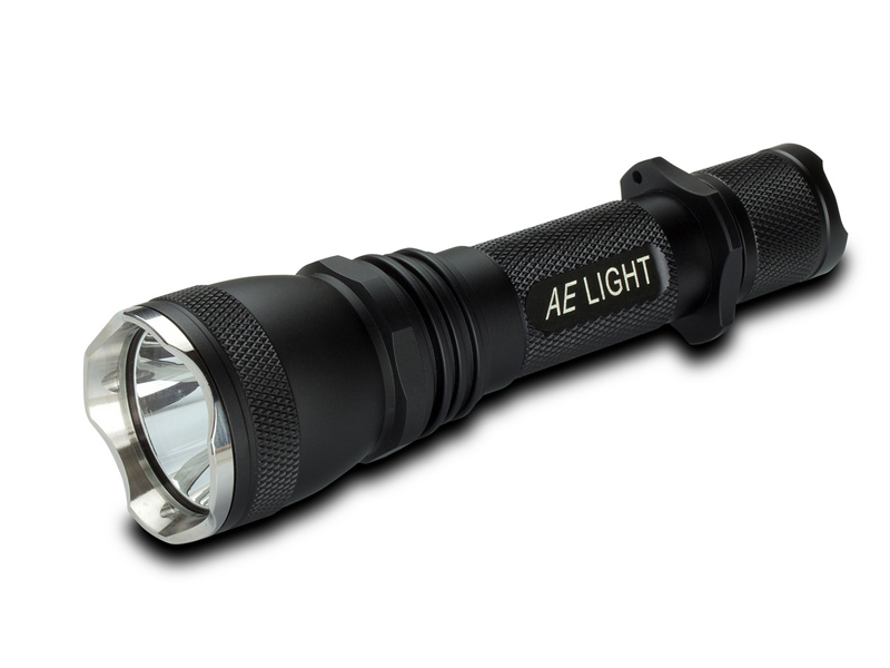 AE Light AEL600 Tactical LED Flashlight with CREE XM-L T6 LED - 600 Lumens - Uses 2 x CR123A or 1 x 18650