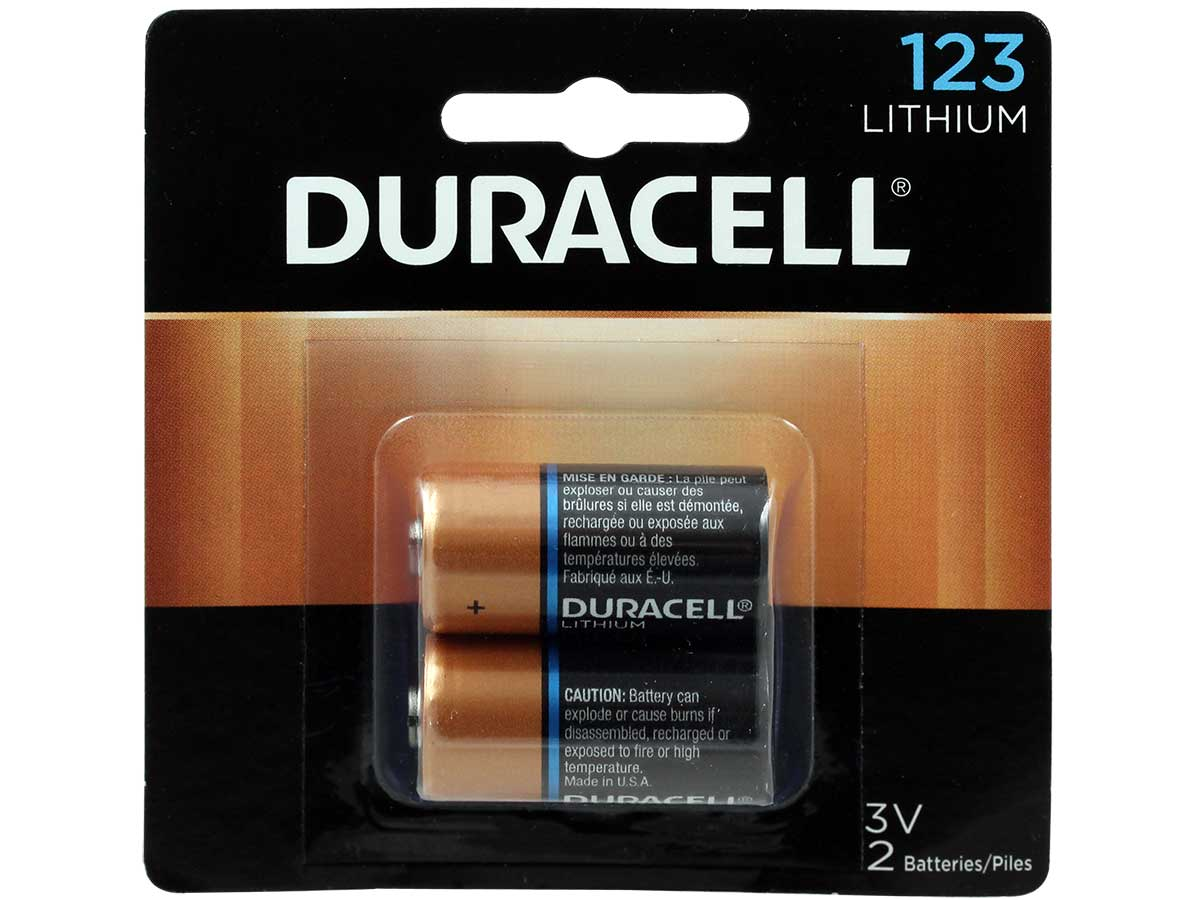 Duracell Ultra DL CR123A (2PK) 1550mAh 3V Lithium (LiMNO2) Button Top Photo Batteries - 2 Pack Retail Card