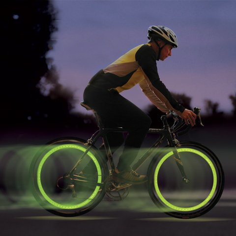 Nite Ize Flashflight SpokeLit LED Wheel Light for Bikes - Includes 2 x CR2016s - Green LED (SPOKELIT-GREEN)